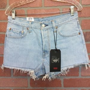 Levi's 501 Women's Cut off shorts denim 28 (3M57)